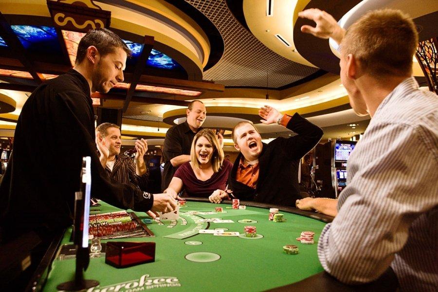 Я сделал ставку в онлайн казино и никто от этого не умер