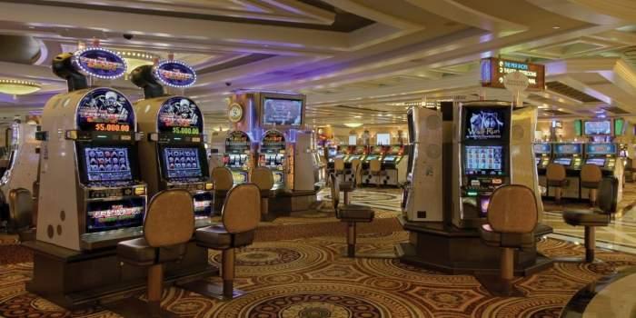 Коллекция игровых автоматов 777 — играть онлайн в казино
