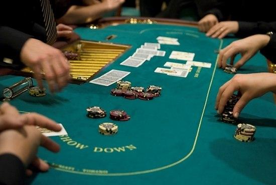Игровой автомат Братва играть бесплатно в интернет казино Вулкан